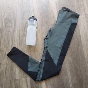 Champion athletic activewear small leggings